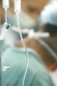 الاخطاء الطبية.. لجان تحقيق دون معايير ونصوص قانونية غائبة