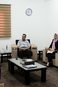 المالية في غزة تستجيب لتوصيات الفريق الأهلي وتعلن تبنيها للنهج التشاركي مع المواطنين والمجتمع المدني
