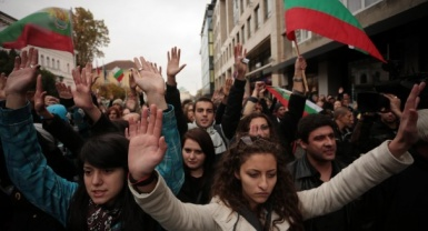 Students in Bulgaria occupy universities to demand an end to corruption, nepotism in govt.
