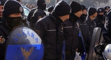Turkish corruption probe row deepens