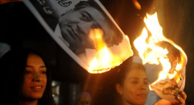 نائب مصري سابق: 800 مليار جنيه رشى للكبار بمصر!!