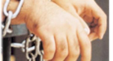 محكمة جرائم الفساد تحكم بحبس متهم باختلاس 10 الاف شيكل