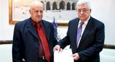 الرئيس عباس لهيئة المكافحة: عليكم اتخاذ كل الإجراءات اللازمة لاجتثاث الفساد