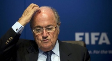 Fifa corruption: Swiss banks 'reported possible money laundering'