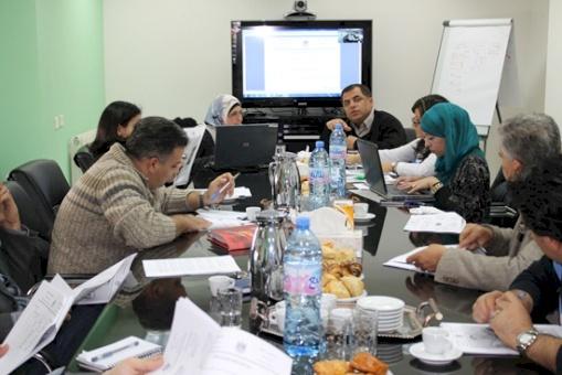 امان والفريق الاهلي بدءا مناقشة اصدار الحكومة لموازنة 2013