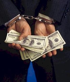 نحن بحاجة لمحاربة الفساد لا مجرد قوانين