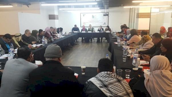 في جلسة طاولة مستديرة عقدها أمان بمناسبة يوم المرأة العالمي: استشراء الفساد يؤثر على المرأة الفلسطينية