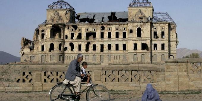 مشرعون أمريكيون: الفساد في أفغانستان يهدد الإنفاق مستقبلا