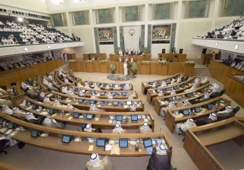 مجلس الأمة الكويتي يستجوب رئيس الوزراء