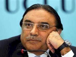 باكستان: مشروع قانون يحرم زرداري من صلاحياته كرئيس