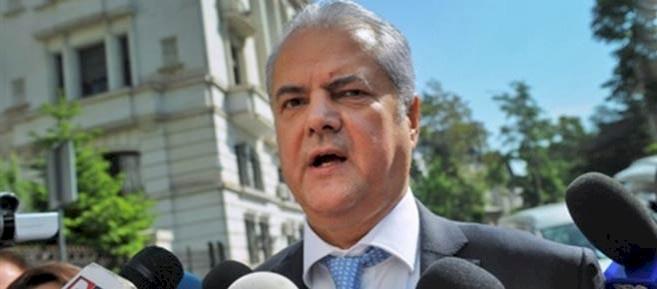 Romania ex-PM Adrian Nastase jailed in bribery case